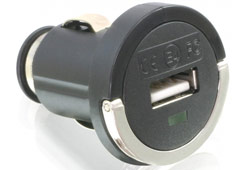 Delock 61663 szivargyújtós USB adapter